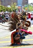 Участники маршируют в 34th ежегодный парад русалки на острове кролика Стоковое фото RF
