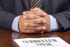 Учебная программа собеседования для приема на работу бизнесмена - крупный план vitae Стоковая Фотография RF