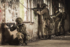 Учебное упражнени с оружием Стоковая Фотография