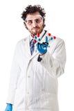 Ученый держа модель tnt молекулярную Стоковые Изображения