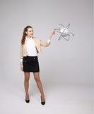 Ученый женщины с моделью атома, концепцией исследования Стоковое Фото