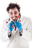Ученый с структурой tnt молекулярной Стоковая Фотография