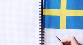 Учить иностранные языки Блокнот для входов и флага lang стоковые изображения rf