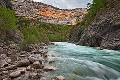 Ущелье Вердон, Провансаль, Франция: каньон с The Creek и th стоковое изображение