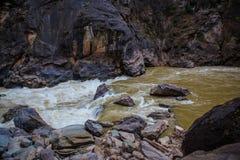 Ущелье Hu Tiao (тигра перескакивая) Стоковые Изображения