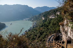 Ущелье Yiling Рекы Янцзы Three Gorges Dengying в коридоре горы Стоковое Изображение RF