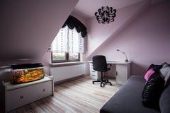 Уютная комната для девочка-подростка Стоковые Изображения RF