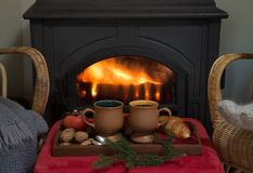 Уютная концепция рождества или зимних отдыхов стоковая фотография