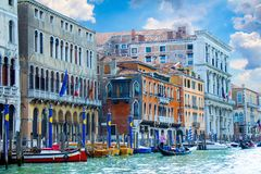 Уютные дворы Венеции стоковые фото