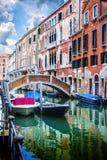 Уютные дворы Венеции стоковая фотография