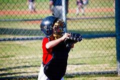 Улавливатель бейсбола молодости стоковое изображение
