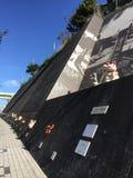 Удача/удачливый путь майны кота maneki-neko в Японии Стоковое Изображение RF