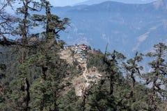 Удаленное горное село в Гималаях, Непале Стоковое Фото