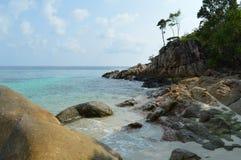 Удаленный сиротливый пляж рая Стоковая Фотография