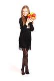 удерживание девушки свежих фруктов Стоковые Фото