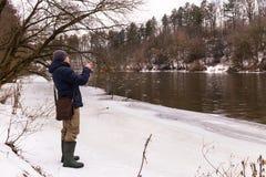Удить на закручивая зиме Стоковое Изображение