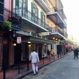 Улица Бурбона в Новом Орлеане Стоковые Изображения RF