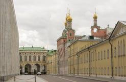 Улица дворца и забавляя дворец Кремля Стоковое Изображение RF