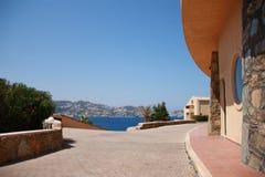 Улица водя к Средиземному морю Стоковое Фото