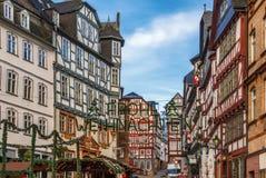 Улица в Марбурге, Германии стоковые изображения