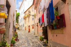Улица в старом городке Лиссабона Стоковая Фотография RF