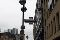 Улица в Франкфурте-на-Майне Стоковые Изображения