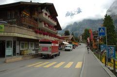 Улица в Grindelwald в Швейцарии Стоковая Фотография