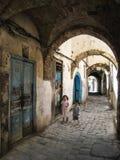 Улица в medina. Bizerte. Тунис Стоковое Изображение RF