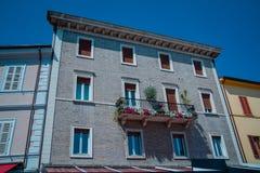 Улица в Santarcangelo di Romagna Италии Стоковое Изображение RF