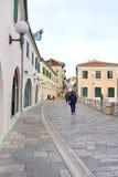 Улица городка Herceg-Novi старого Стоковая Фотография RF