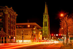 Улица городского Денвера - восточный бульвар ночи Colfax Стоковые Фотографии RF