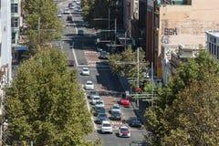 Улица Джордж в взгляде Сиднея от высоты стоковые фото