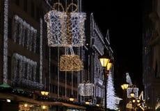 Улица моды с украшением рождества Стоковые Фото