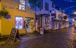 Улица набережной Lymington на ноче Стоковое фото RF