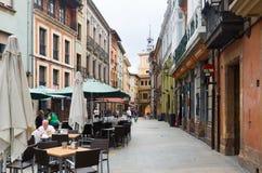 Улица на исторической части Овьедо astrological стоковое фото rf