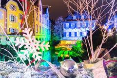 Улица на ноче, Кольмар рождества, Эльзас, Франция Стоковые Фото