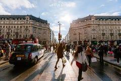 Улица Оксфорда, Лондон, 13 05 2014 Стоковое Изображение
