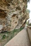 Улица под пещерой Стоковое фото RF