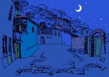 Улица старого городка на ноче Стоковые Изображения