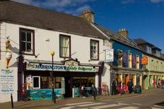 Улица стренги dingle Ирландия стоковая фотография rf