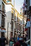 Улица сцены-Barkhor тибетского плато в Лхасе стоковые изображения