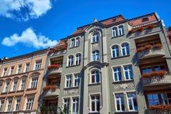 Улица с зданиями Nouveau искусства Стоковое Изображение