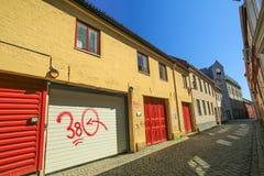 Улица с coloful домами стоковое фото