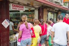 Улица Ongpin на Чайна-тауне стоковая фотография rf