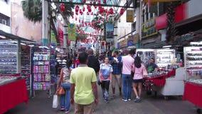 Улица Petaling, Куала-Лумпур, Малайзия - около апрель 2017 видеоматериал