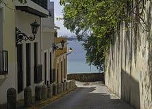 Улица Sol, старый Сан-Хуан, Пуэрто-Рико Стоковая Фотография RF