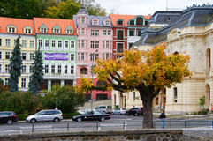 Улица Stara Louka Karlsbad (Karlovy меняет) Стоковая Фотография RF