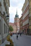 Улица Swietojanska в Варшаве Стоковое Изображение RF