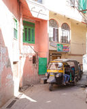 Улицы и Tuk Tuks в Udaipur Стоковые Изображения