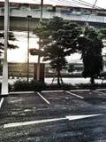 Улицы на зоре когда Солнце увеличило Стоковая Фотография